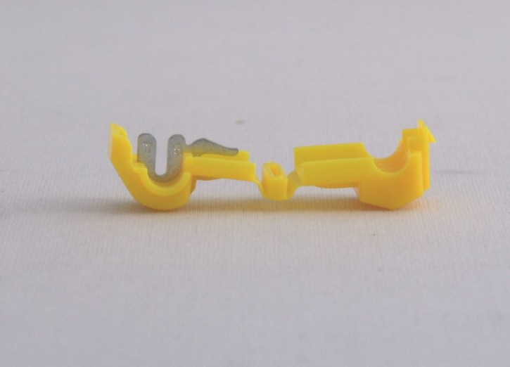 250 x Abzweigklemme 4mm² bis 6mm² gelb steckbar mit 6,3mm