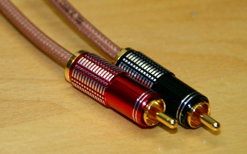 Audio- und Videoleitungen