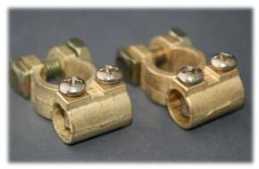Batteriepolklemmen-Set Messing inkl Pol-Kennzeichnung und M6-Schraubanschluß