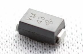 50 x SMD-TVS-Diode bip 600W 12V SMB SMBJ12CA