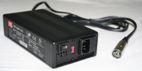 12V Ladegerät Blei-Akku max. 7,2A, MeanWell PB-120-13
